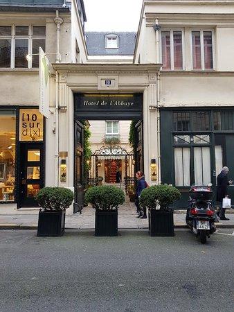 Hotel de l'Abbaye Saint-Germain: 20171202_102418_large.jpg