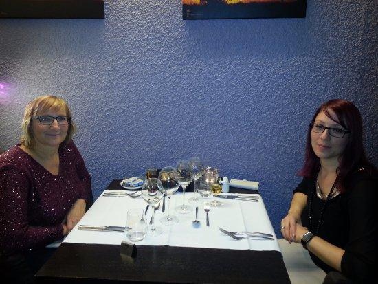 Ovifat, Belgique : a table pour recevoir notre repas