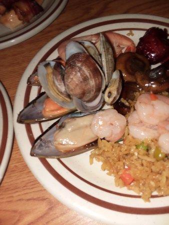 Biddeford, ME: Assorted Seafood w/ rice