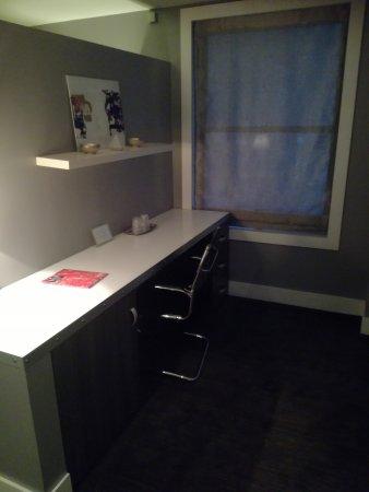 Shoreham: Room