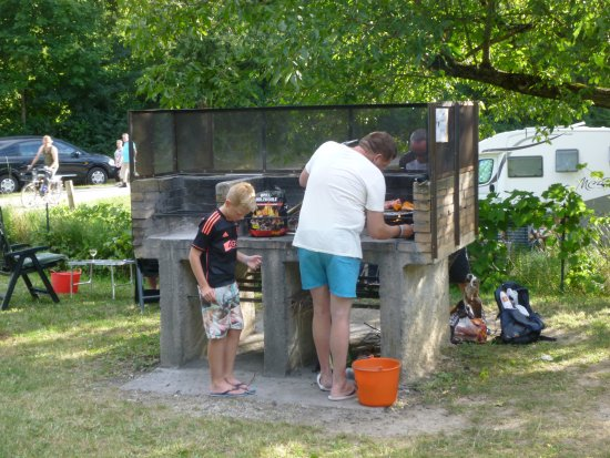 Die, Francia: barbecue collectif