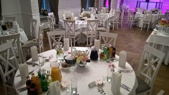 Okrągłe stoły - wesele Mela Rossa