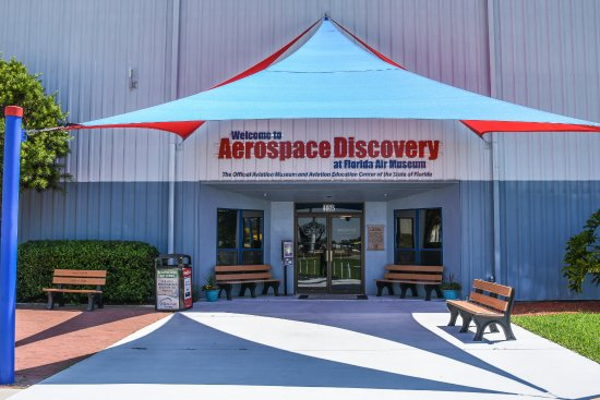 ‪Aerospace Discovery at the Florida Air Museum at Sun 'n Fun‬