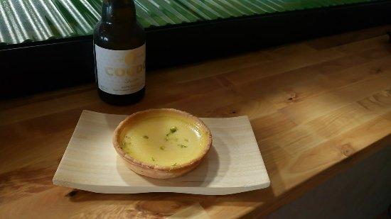 Castelnau-de-Medoc, França: Tartelette Citron YUZU et bière Blanche COEDO