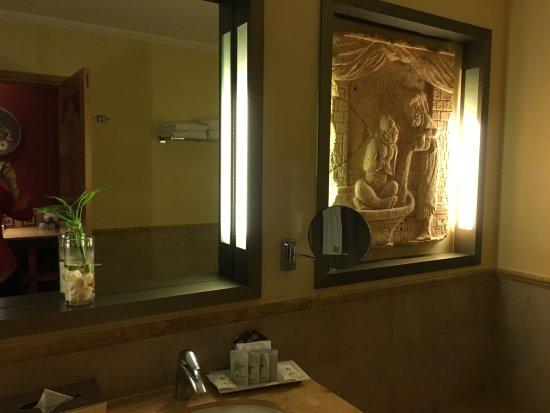 Iberostar Paraiso Maya: baño con jacuzzi