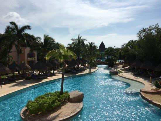 Iberostar Paraiso Maya: parte de la piscina