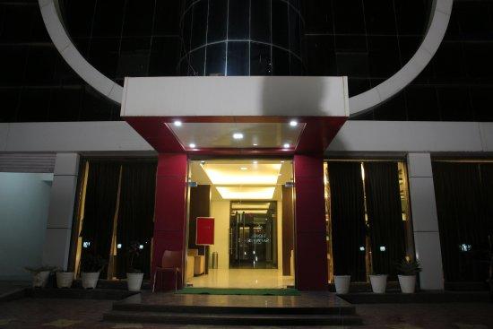 Mundra, Indie: entrance