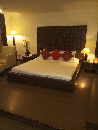 Interior - Picture of Seventeen Degrees Hotel, Dhanbad - Tripadvisor