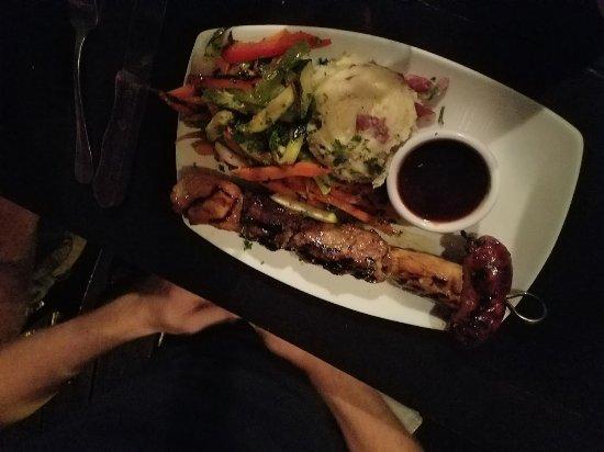 Pinchos Grill & Bar: BBQ skewer