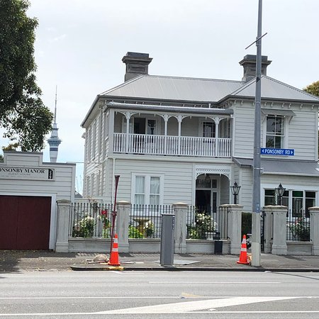Red Monkey Ponsonby Manor : photo0.jpg