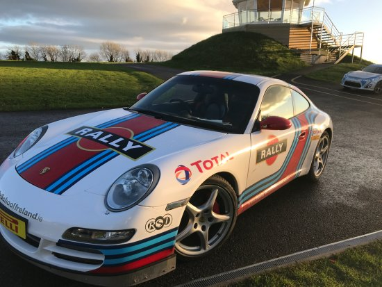 Scotstown, Ierland: 911. My best times were in this yet it was the most sensitive (challenging) to drive fast.