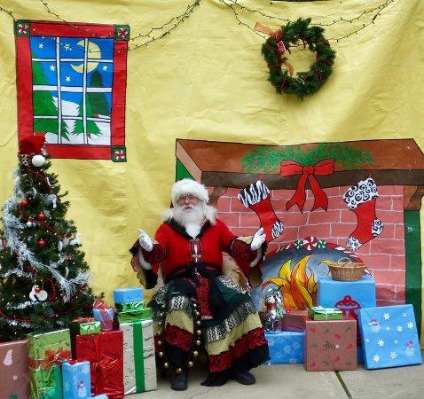 Wilmington, DE: Santa in December