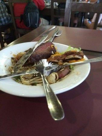 Fortín Cataratas: Comida