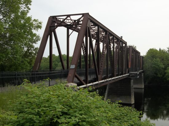 Auburn, ME: Footbridge