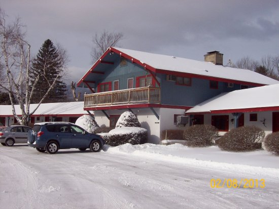The Chalet Motel: Main Building