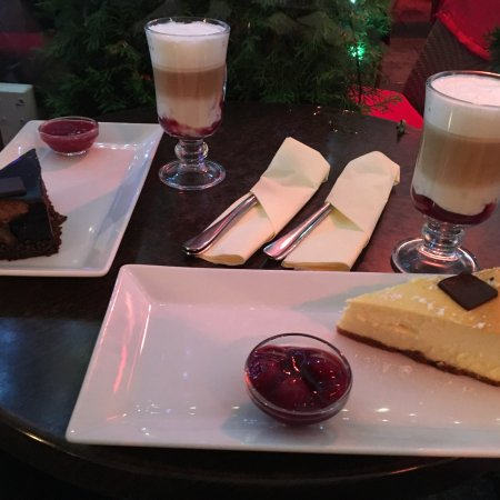 e wedel chocolate lounge at cracow rynek street krakow stare miasto restaurant reviews. Black Bedroom Furniture Sets. Home Design Ideas