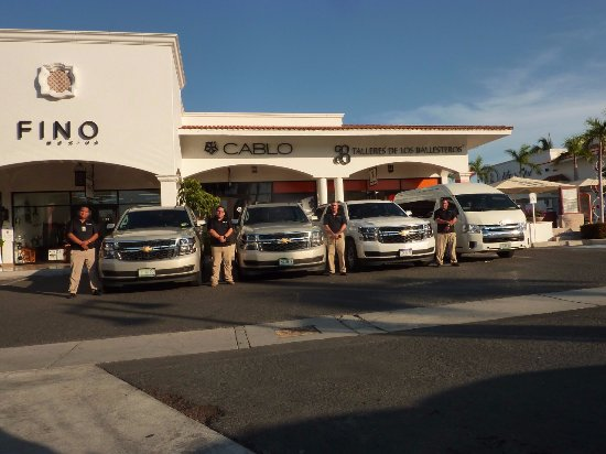 VIP Transportation Los Cabos: OUR TEAM !