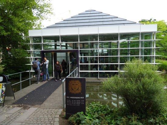 Hans Christian Andersen Museum: Museum Entrance