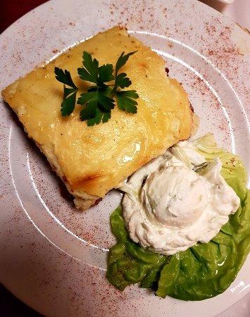Schwabach, Alemania: Leckeres, hausgemachtes Moussaka aus dem Ofen. Echter Geheimtipp.Vorher anfragen, da nur frisch