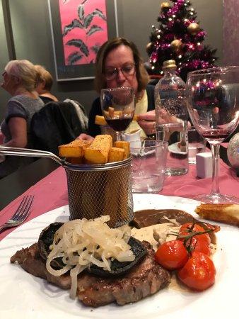 Villamartin, Spagna: Mkt trevlig atmosfär och utsökt mat! Personalen outständing! Med andra ord värt ett (kanske 2-3)
