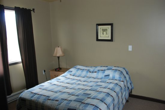 Charlo, Canada : Main bedrooom in A-Frame cottage