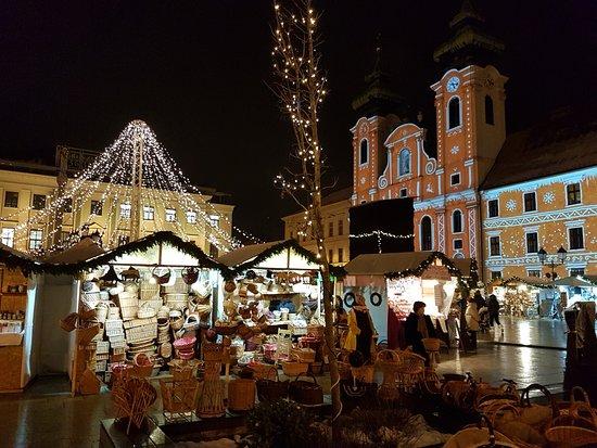 Christmas Market in Gyor 2017 6