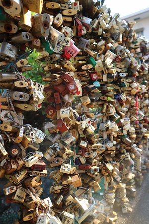 Redemptorist Church - National Shrine of Our Mother of Perpetual Help: Friendship padlocks