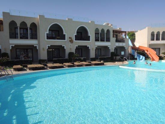 SUNRISE Arabian Beach Resort -Grand Select- Photo