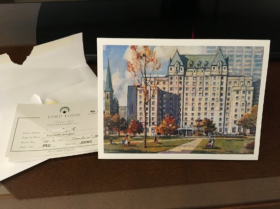 Lord Elgin: Lovely welcoming card with our buffet breakfast coupons