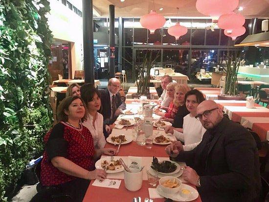 Friendly table in piritta kuva cafe piritta helsinki for Table 52 chicago tripadvisor