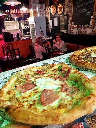 Romilly-sur-Seine, Francia: La Trattoria, Pizzerie Le Fournaise