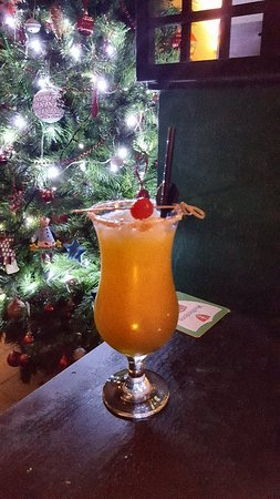 Pontypool, UK: Festive cocktails