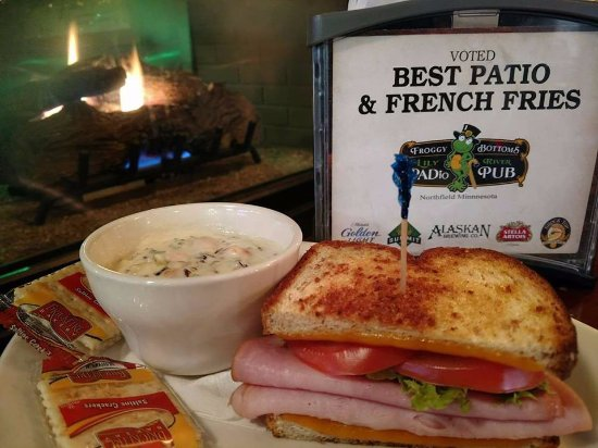 Northfield, MN: Homemade soups and delicious sandwiches! AWARD WINNING Food and Bloody Mary's