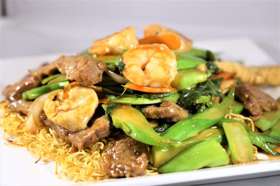Lisle, IL: Hong Kong Style Thi Egg Noodle