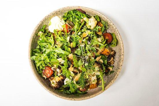 Blueys Beach, Australië: Roasted Cauliflower Salad