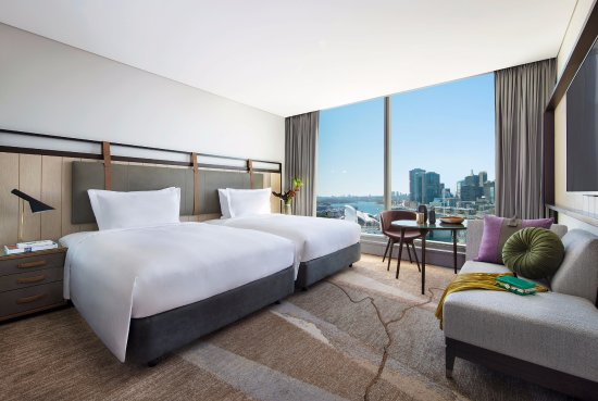 Search hundreds of travel sites at once for hotels in Sydney