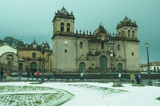 Cusco Cathedral: im Winterkleid