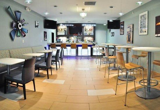 Baytown, Техас: Bar/Lounge