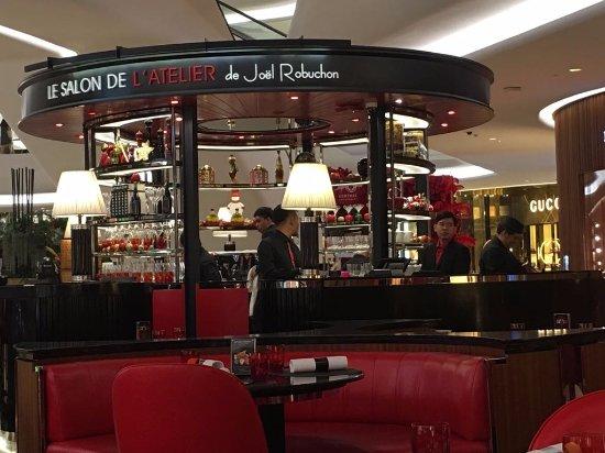 Braised beef cheek main le salon de l 39 atelier de - Salon de joel robuchon ...