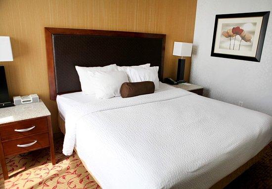 Logan, UT: Guest room