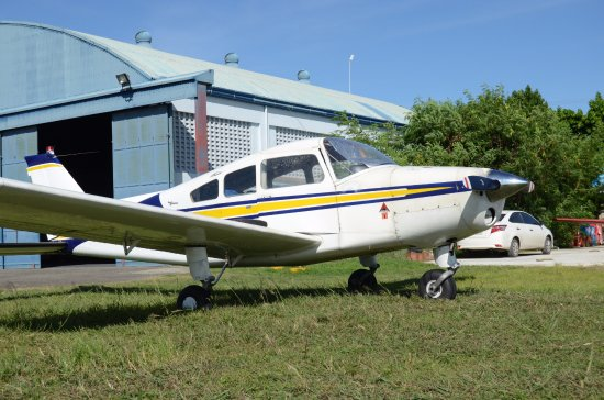 Mactan Island, Filipinas: Beechcraft Musketeer (4 seater)