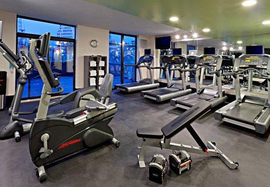 Fairfield Inn & Suites New York Queens/Queensboro Bridge: Health club