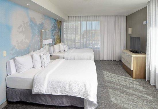 มันซี, อินเดียน่า: Guest room
