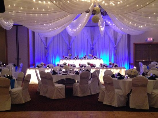 Country Inn & Suites By Carlson, Mankato Hotel and Conference Center, MN: Ballroom