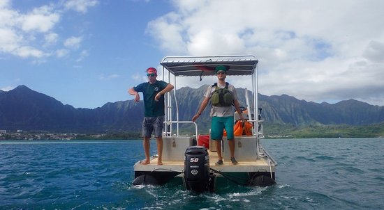 Kaneohe, HI: Two great guides! :-)