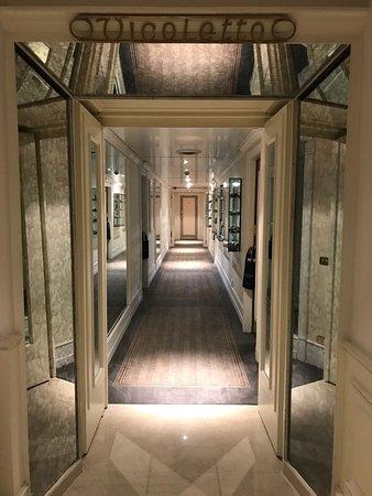 Hotel Hassler Photo
