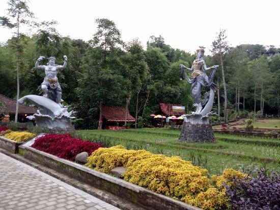 Img 5353 Large Jpg Picture Of Dago Dreampark Lembang Tripadvisor