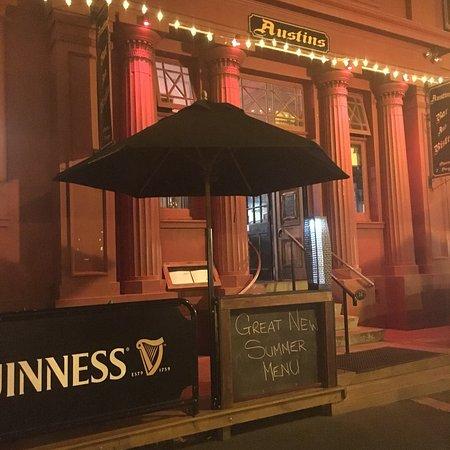 Te Aroha, New Zealand: Austins Bar and Bistro