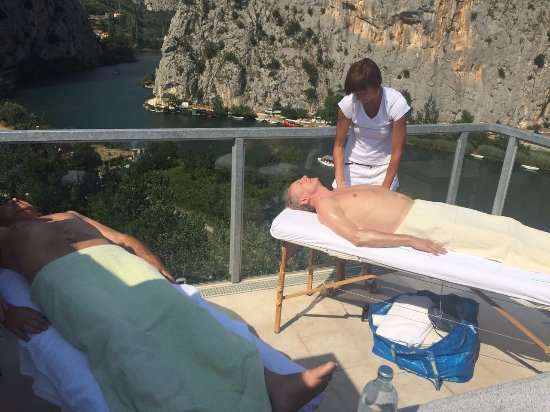 Hotel Villa Dvor: Jacuzzi-Massage