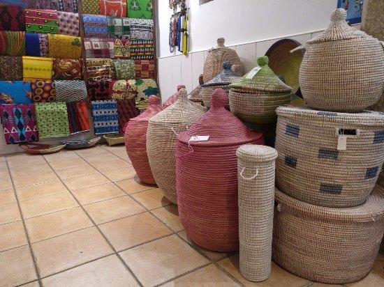 San Lorenzo de El Escorial, Spain: Cestos para multitud de utilidades